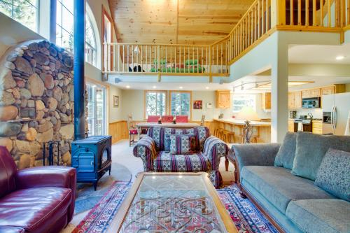 Schussing Family Cabin -  Vacation Rental - Photo 1