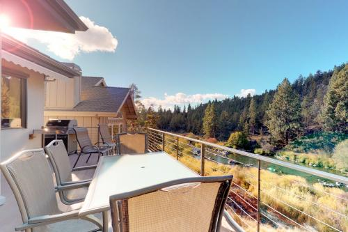 Sawyer Reach Ct - Bend, OR Vacation Rental