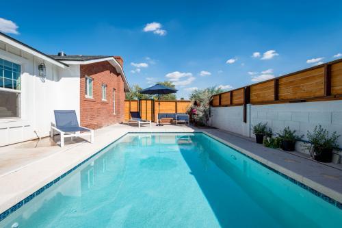 Cozy Coronado - Phoenix, AZ Vacation Rental