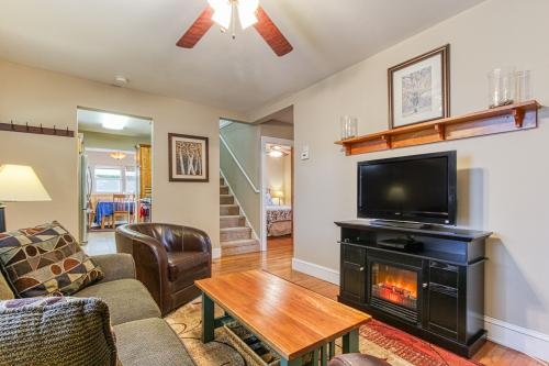 Robert's Place - Coeur D Alene, ID Vacation Rental