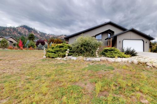Cascade Valley Views - Leavenworth, WA Vacation Rental