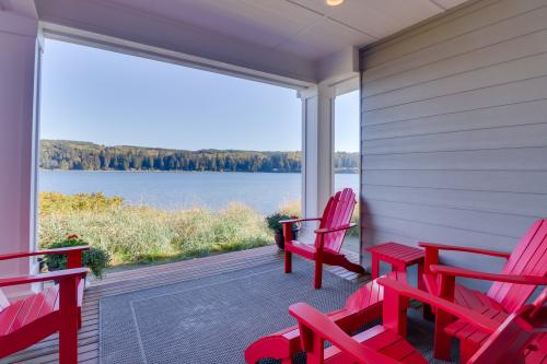 Happy Place at the Beach - Port Ludlow, WA Vacation Rental