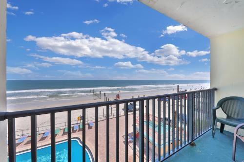 Daytona Inn #324 - Daytona Beach, FL Vacation Rental