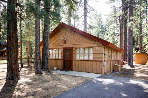 Take Ten Gardner Mountain Cabin -  Vacation Rental - Photo 1