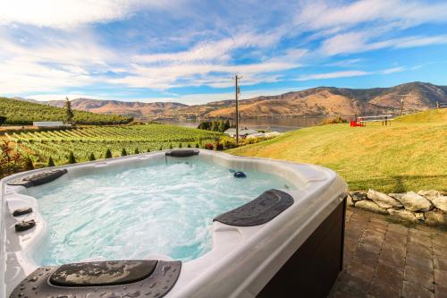 Vineyard Vista - Manson, WA Vacation Rental