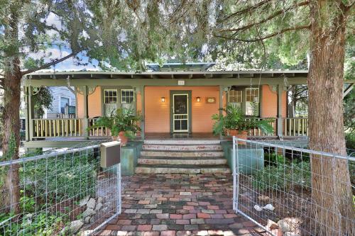 Charming Myrtle Bungalow - Saint Augustine, FL Vacation Rental