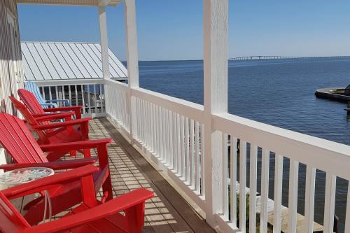 At Last - Dauphin Island, AL Vacation Rental