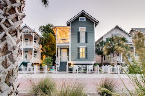 True Knot Cottage - St. Simons Island, GA Vacation Rental