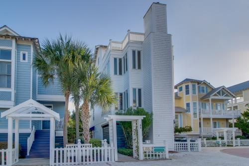 Maggie Cottage - St. Simons Island, GA Vacation Rental