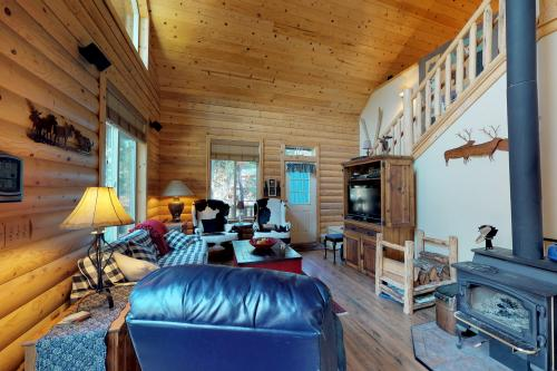 Alpine Lodge & Cottage - Leavenworth, WA Vacation Rental