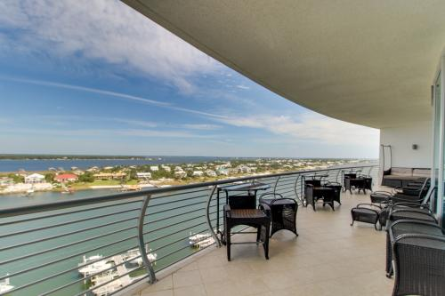 Bella Luna on Ole River - Orange Beach, AL Vacation Rental