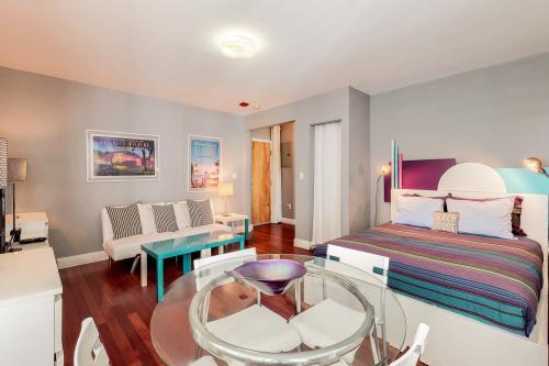 Hudson Hub - Miami Beach, FL Vacation Rental