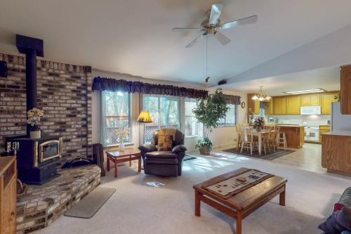 Sweet Retreat - Groveland, CA Vacation Rental
