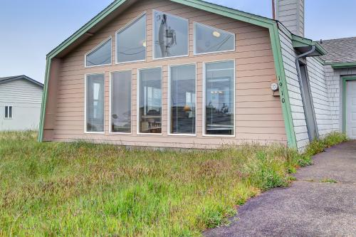 Sea Song - Waldport, OR Vacation Rental