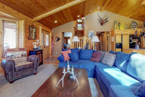 Lazy Bear Cabin - Big Bear Lake, CA Vacation Rental
