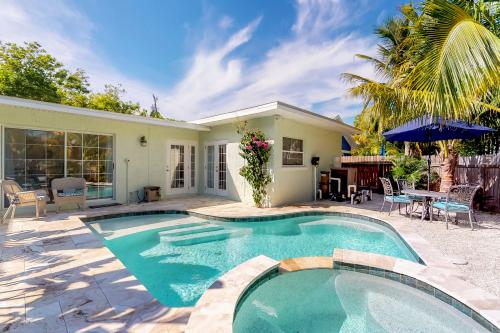 Over The Moon - Anna Maria, FL Vacation Rental