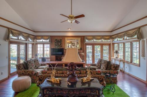 Wayne Creek Residence - Beaver Creek, CO Vacation Rental