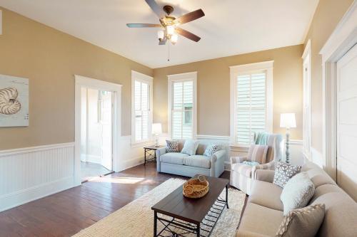 Tranquility Cove - Galveston, TX Vacation Rental