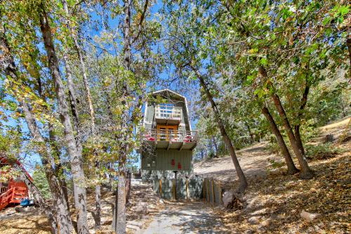 Arrowbear Lake Getaway - Lake Arrowhead, CA Vacation Rental