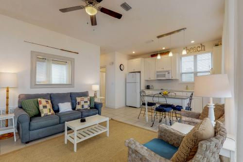 Destiny Beach Villa #6B - Destin, FL Vacation Rental