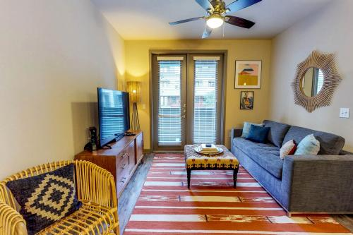 Elan City Lights #12001 - Dallas, TX Vacation Rental