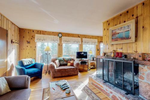 Little Doe Cabin - Woodland Park, CO Vacation Rental