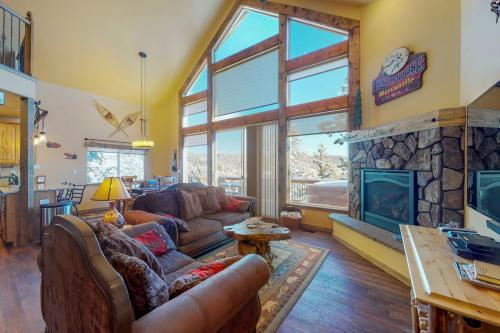 Rainbow Retreat - Divide, CO Vacation Rental