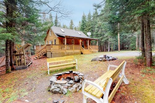 Maine Attraction - Greenville, ME Vacation Rental