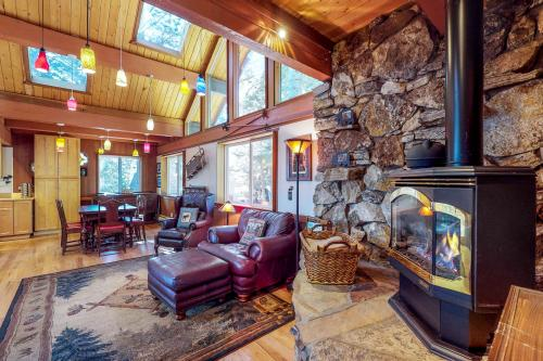 Peaceful Forest Retreat* - Carnelian Bay, CA Vacation Rental