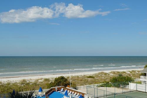 Reef Club 304 - Indian Rocks Beach, FL Vacation Rental