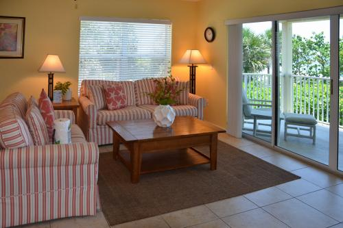 Oceanside 201 - Indian Rocks Beach, FL Vacation Rental