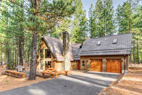 Black Butte Ranch: Spring Home 6 -  Vacation Rental - Photo 1