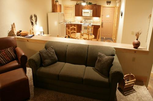 Wine Down in Granby - Granby, CO Vacation Rental