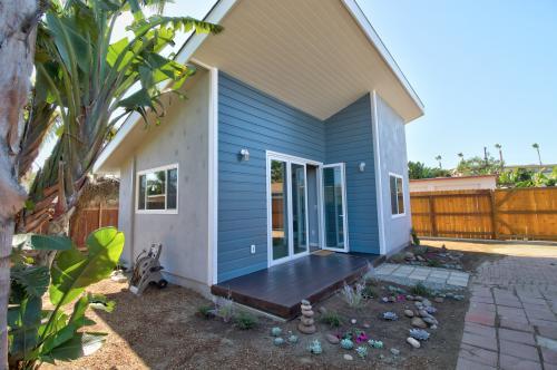 Sienna Guest House - Oceanside, CA Vacation Rental
