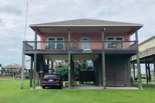 Wineaux Chateaux - Crystal Beach, TX Vacation Rental