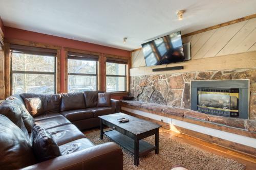 Longbranch Mountain Escape - Breckenridge, CO Vacation Rental