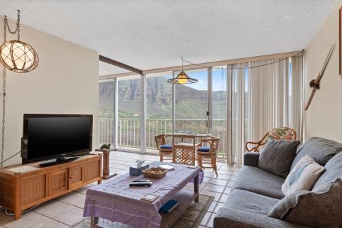 Makaha Valley Towers 834 - Makaha, HI Vacation Rental
