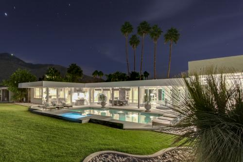 Luxurious Indian Canyons Estate -  Vacation Rental - Photo 1
