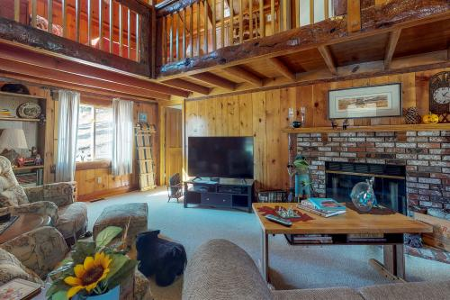 Bluejay Cabin - Big Bear Lake, CA Vacation Rental