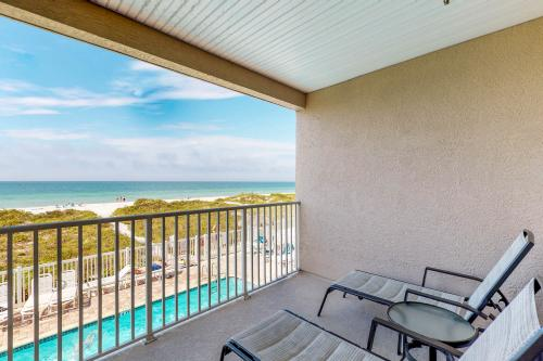 Oceanside 204 - Indian Rocks Beach, FL Vacation Rental