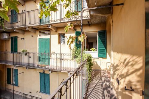 Sant'Ambrogio Cadorna Apartment - Milan, Italy Vacation Rental