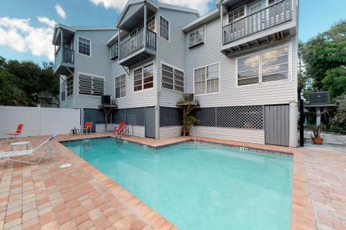 Oaks Landing 4 - Indian Rocks Beach, FL Vacation Rental