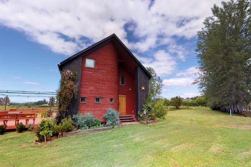 Hermosa Casa Familiar en Frutillar - Frutillar, Chile Vacation Rental