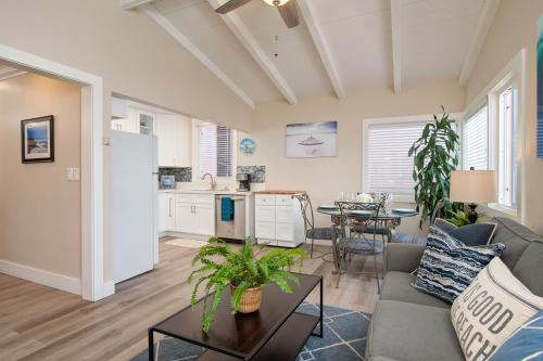 28th Street Unit B - Newport Beach, CA Vacation Rental