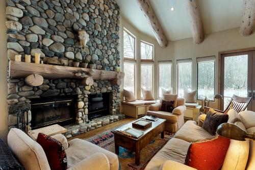 Red Fox Lane Retreat - Ketchum, ID Vacation Rental