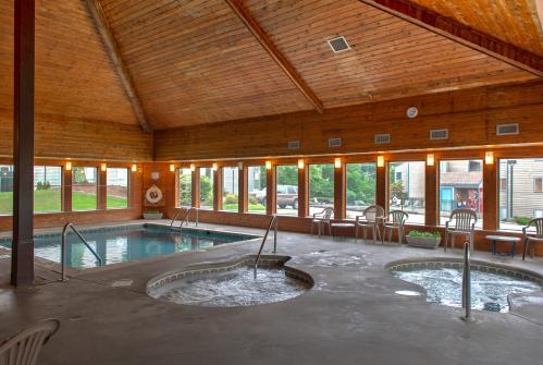 Summit Studio - Gatlinburg, TN Vacation Rental
