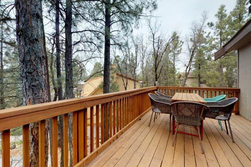 Up Up Up House - Munds Park, AZ Vacation Rental