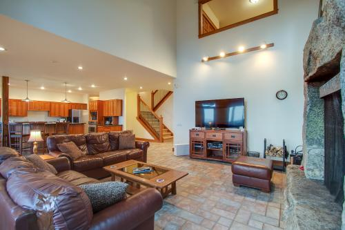 The Monarch - East Hope, ID Vacation Rental
