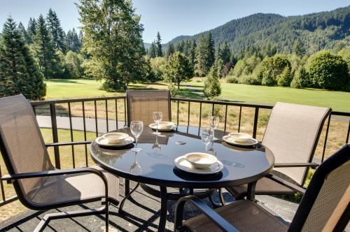 Golfer's Condo - Welches, OR Vacation Rental