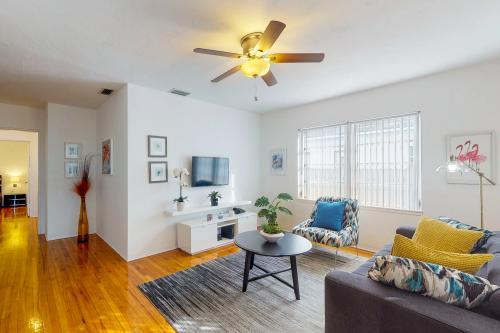 Victoria Park Getaway - Fort Lauderdale, FL Vacation Rental